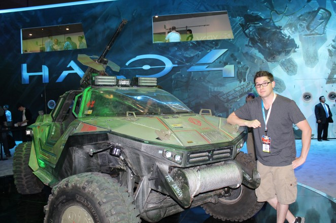 VJ Andrew checking out the Halo 4 station